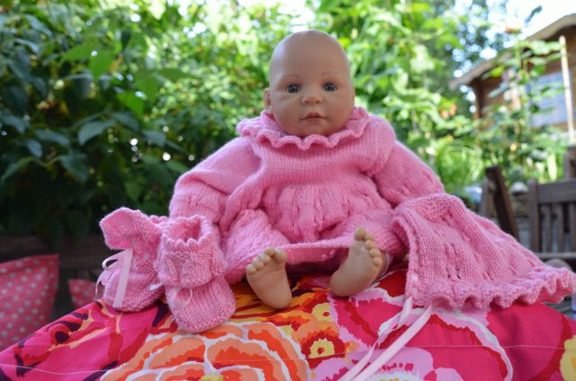Doll_Dress_Pink_Cap