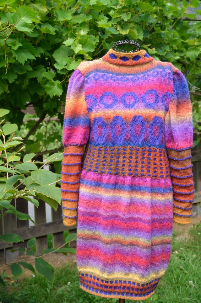 Rainbow_Cardigan_Back