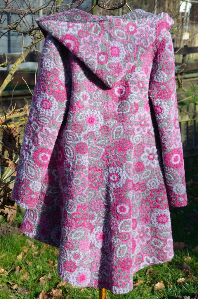 Sewing_project_grey_pink_from_Nati